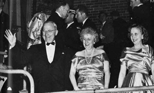 Bess Truman with the President and their daughter in the reviewing box at one of the 1949 Inaugural Balls. (trumanlittlewhitehouse.com)
